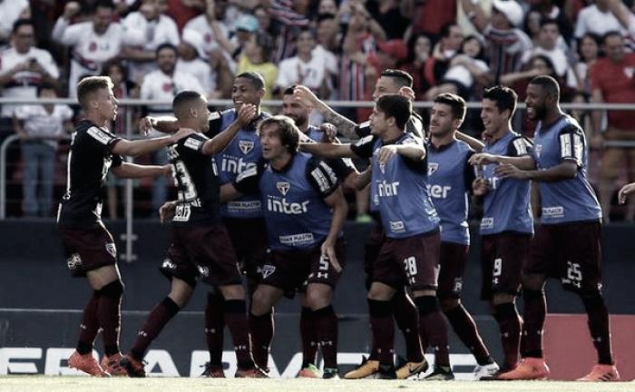 São Paulo vence confronto direto e deixa Sport perto da zona de rebaixamento