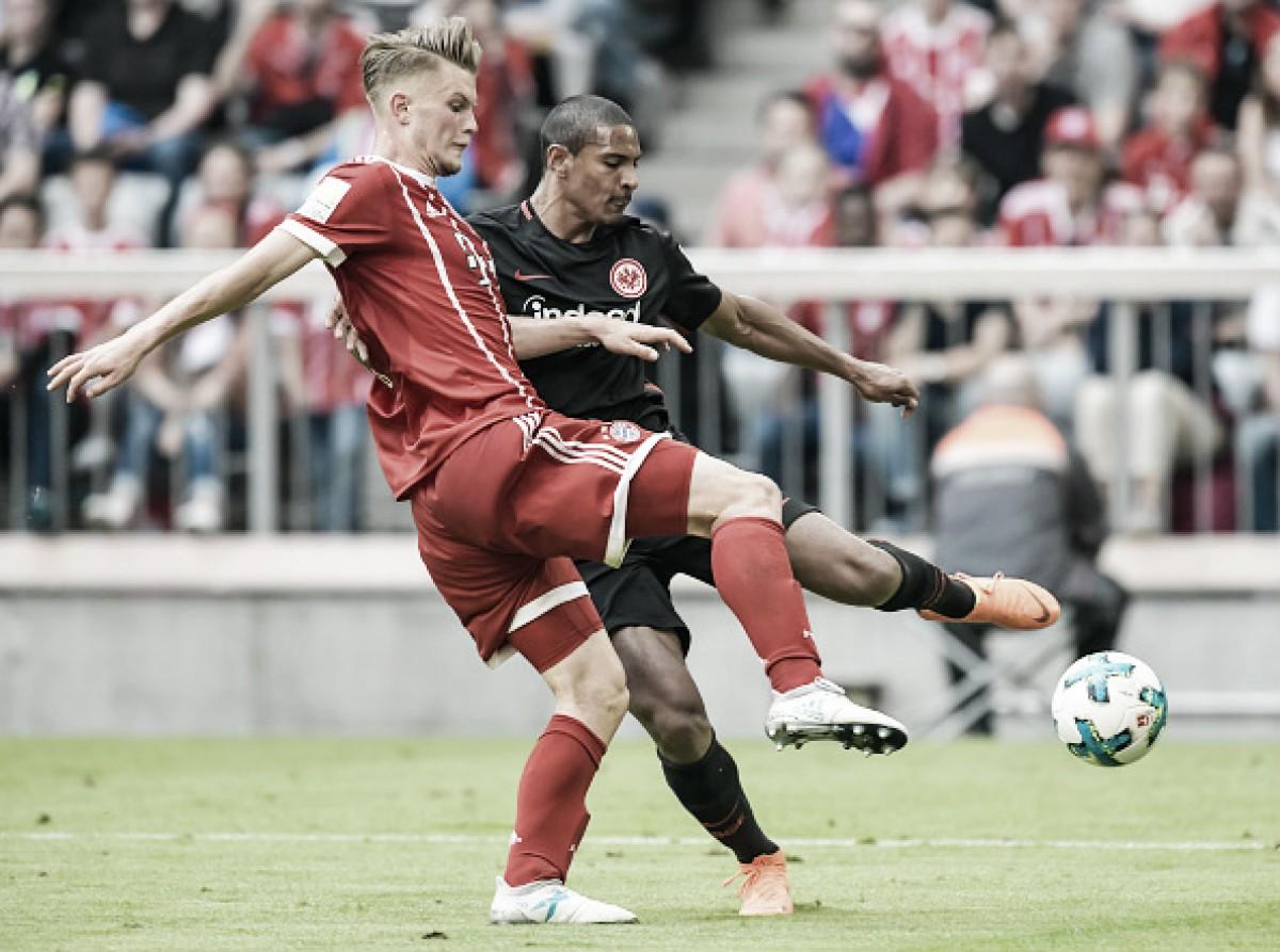 Com a cabeça nas semis da UCL, Bayern de Munique goleia Frankfurt com time misto