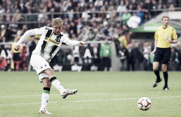 Com gol no apagar das luzes, M'gladbach evita derrota para o Stuttgart em casa