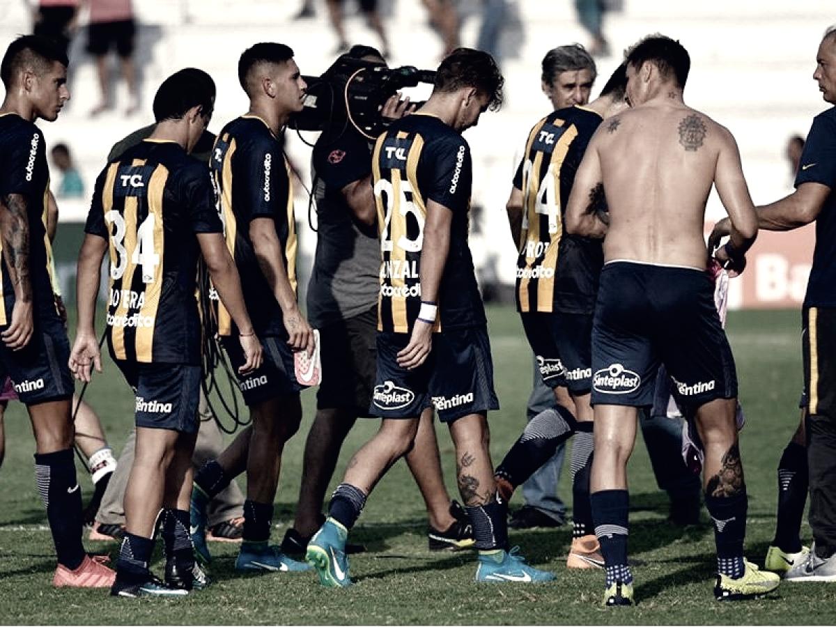Central perdió 3-0 en Paraná