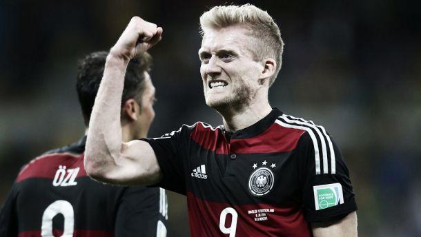"""Impressionado com resultado, Schürrle afirma: """"O 7 a 1 nem parece verdade, foi muito maluco"""""""