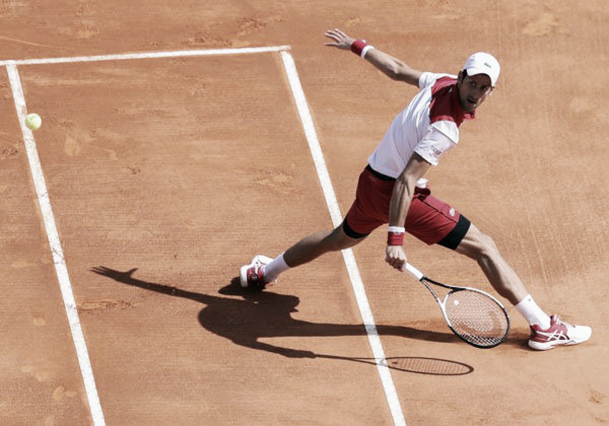 Djokovic y un comienzo para esperanzarse en Montecarlo