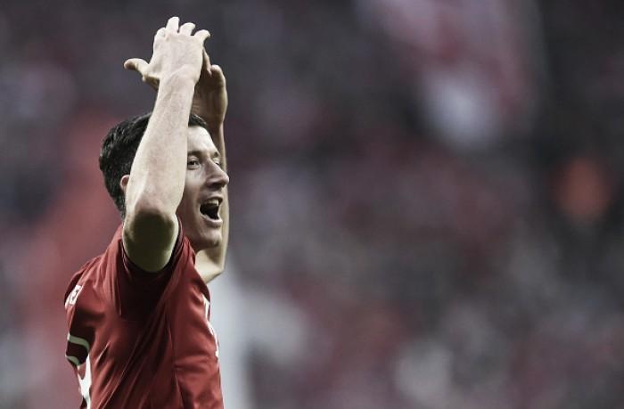 Bayern Munich 3-0 Schalke 04: Lewandowski's brace seals three points for hosts