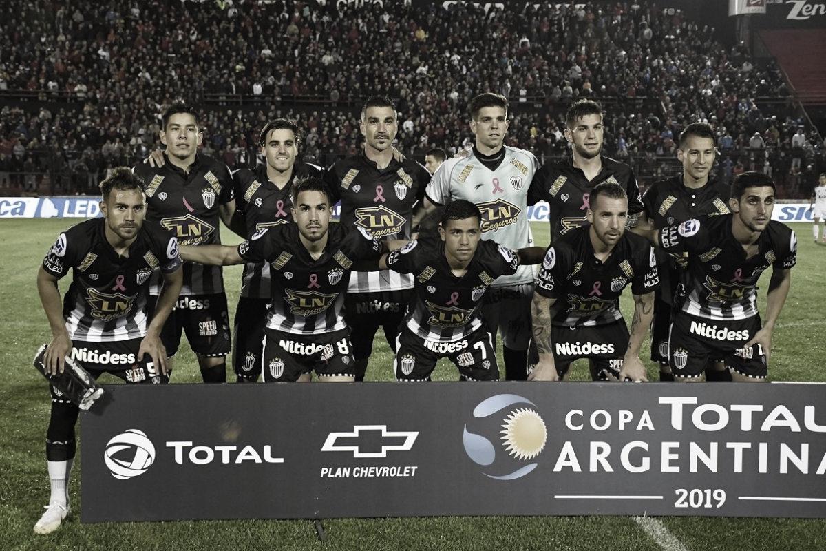 Estudiantes de Buenos Aires va por el campeón de América