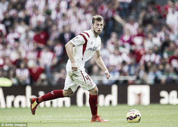 Who is Arsenal target Grzegorz Krychowiak?