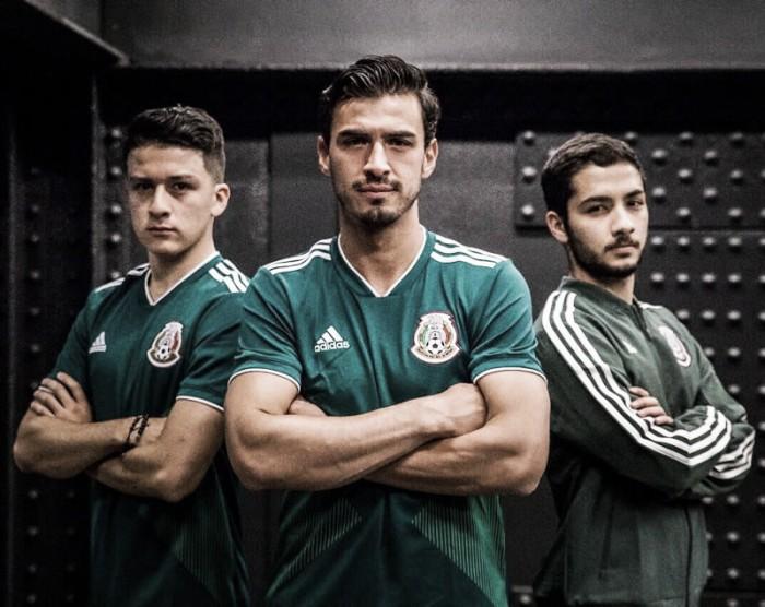 Presenta el 'Tri&#039 nueva playera hecha en México