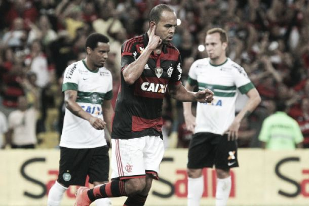 Nos pênaltis, Flamengo vence Coritiba e avança às quartas de final da Copa do Brasil