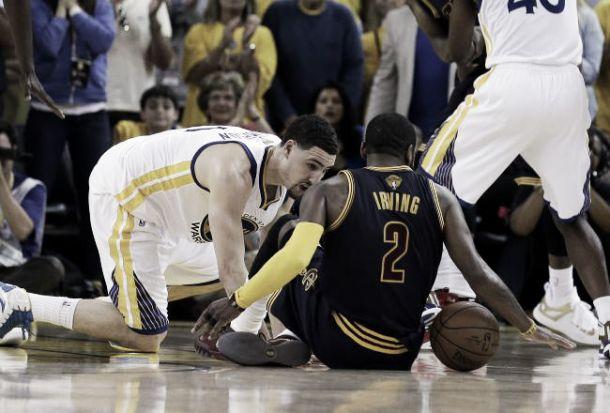 """LeBron: """"Dura perdere in questo modo"""", Curry: """"Perfetti solo nel supplementare"""""""
