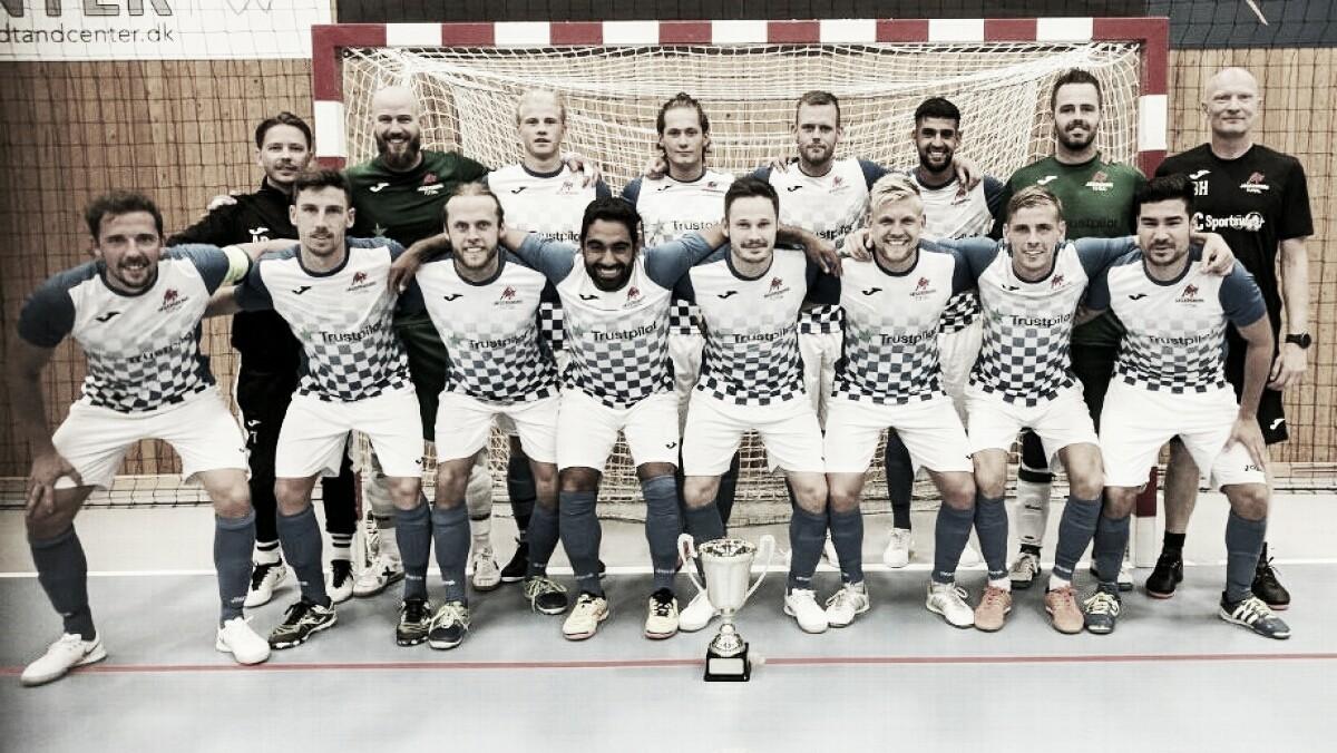 Dinamarca con jugadores de Futsal enfrenta a Eslovaquia