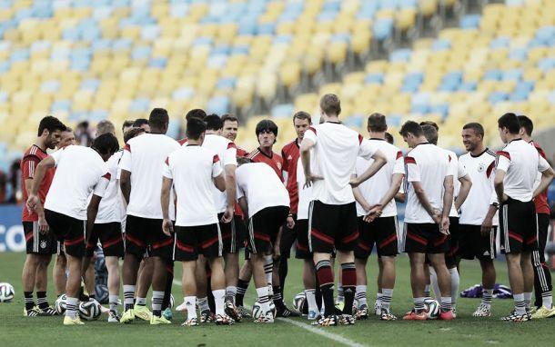 Gripados, sete jogadores da Alemanha preocupam Joachim Löw
