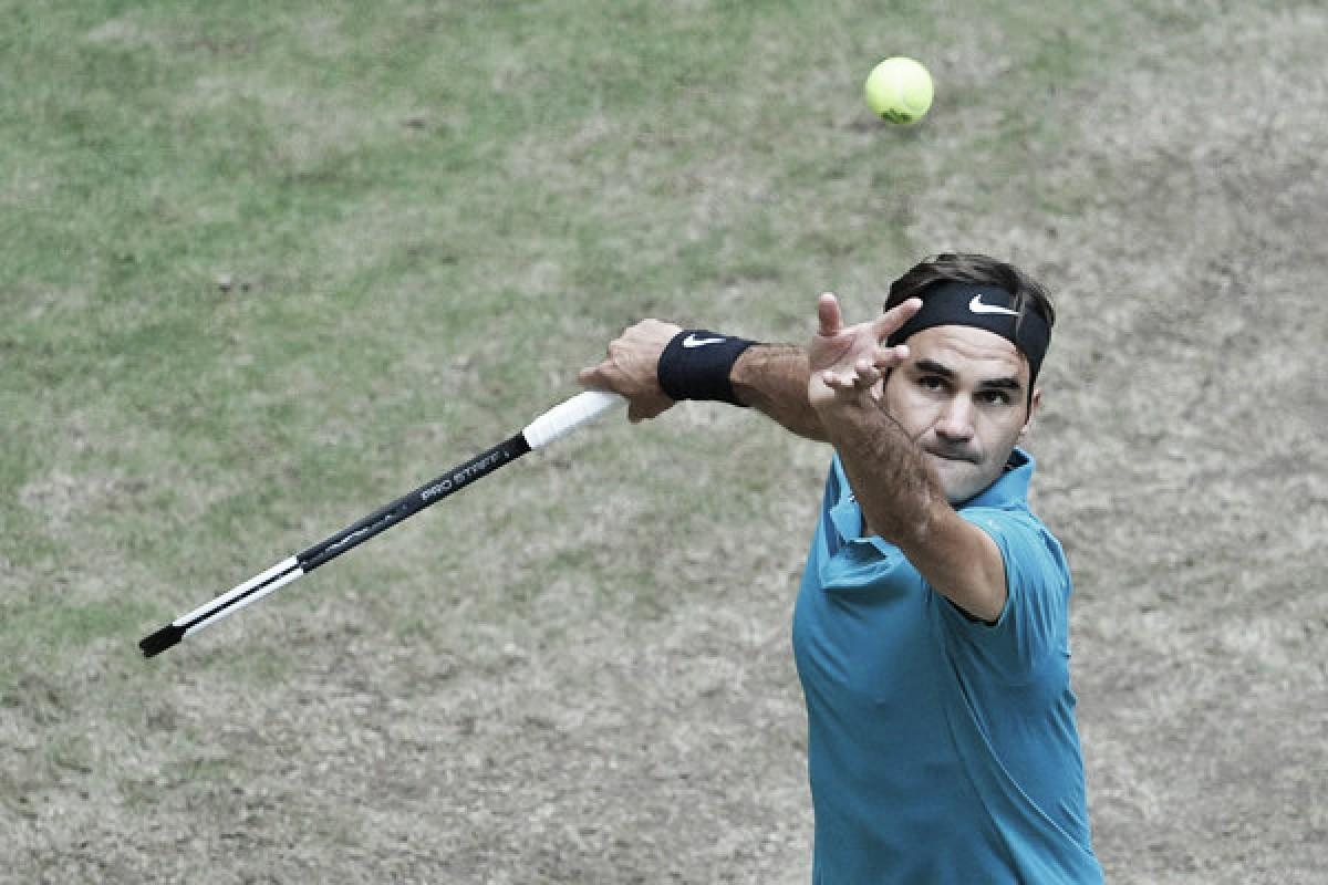 Federer supera otro difícil escollo