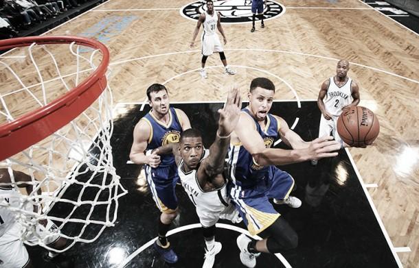 Golden State passeggia a Brooklyn: vittoria numero 22, adesso i Pacers (98-114)