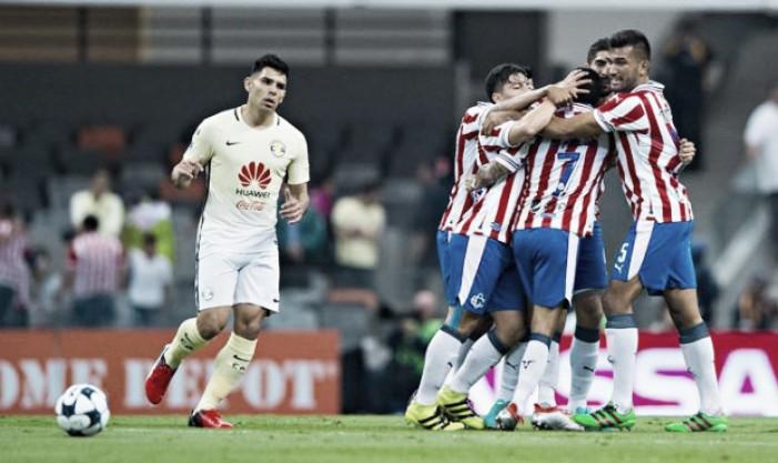 El clásico América-Chivas termina con empate a un gol
