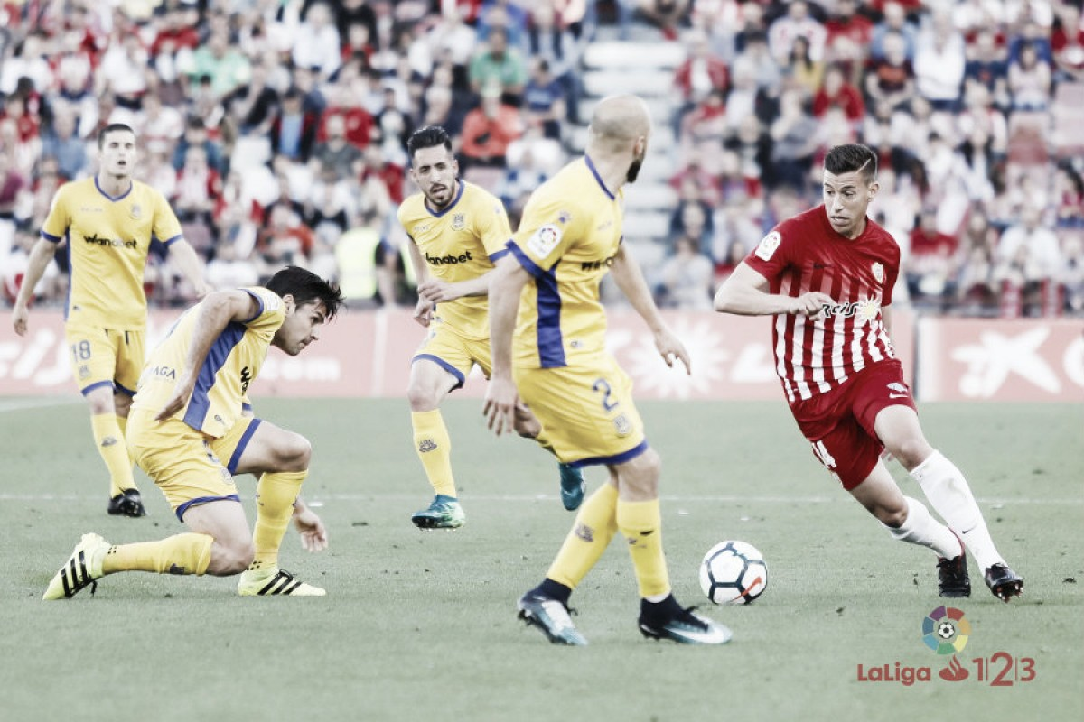 Rubén Alcaraz en el partido frente a la AD Alcorcón | Fuente: La Liga