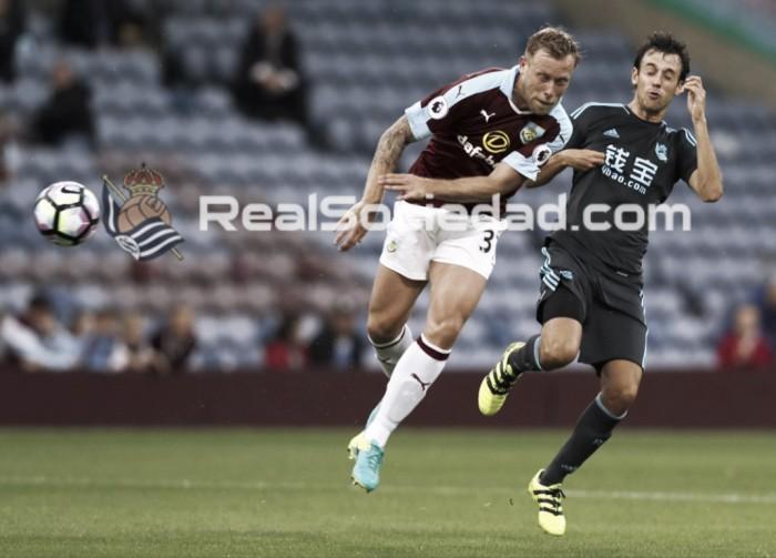 Burnley encerra preparação para Premier League com empate diante da Real Sociedad