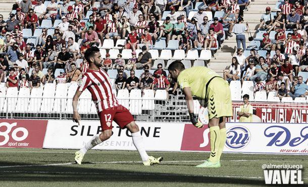 Resultado Almería - Tenerife en Liga Adelante 2015 (2-2)