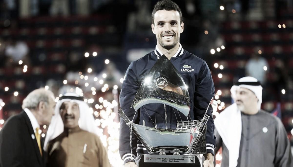 Bautista, un sólido campeón en Dubai
