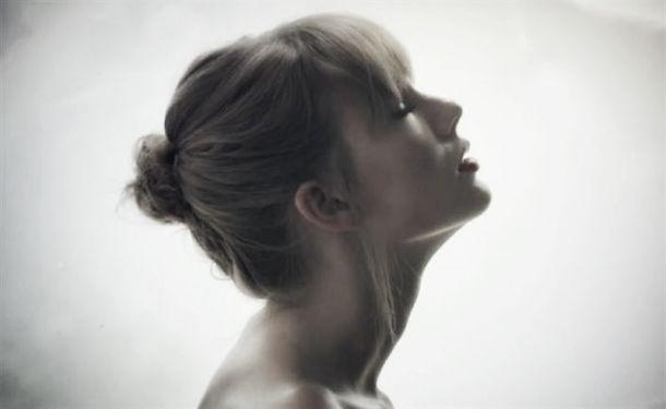 Taylor Swift recuerda su 'Style'