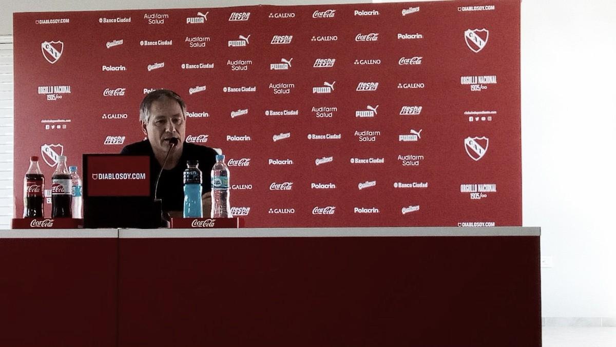 """Ariel Holan: """"Todos los partidos en Independiente son importantes, estamos jugando cosas grandes"""""""