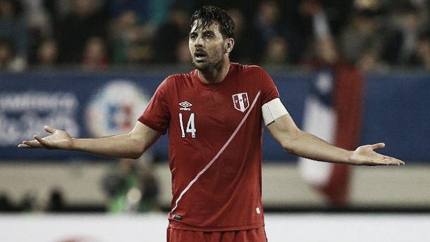 """Claudio Pizarro tras la derrota ante Colombia: """"Nos faltó movilidad"""""""