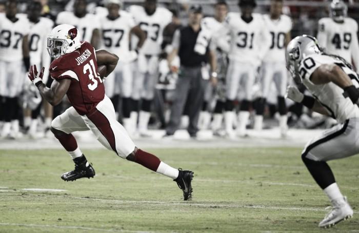 Raiders domina e vence a primeira partida de pré-temporada em cima dos Cardinals
