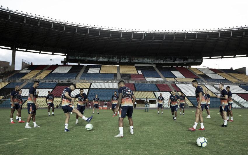 Pela Copa do Brasil, Vasco enfrenta Serra em Cariacica visando manter boa fase
