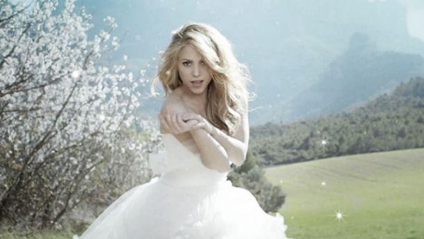 shakira se viste de novia en 'empire' - vavel