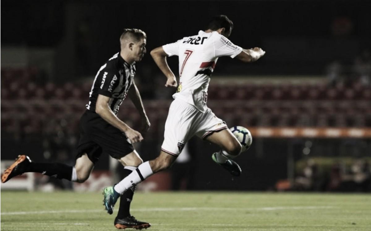 Em busca de estabilidade, Atlético-MG e São Paulo se enfrentam no Independência