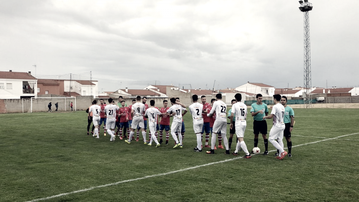 Tercera División extremeña: cambios en la lucha por el play-off y el descenso