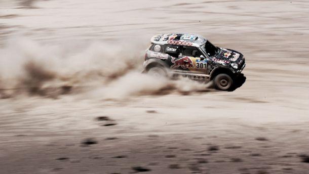 Dakar 2015, Al-Attiyah domina e allunga, Nikolaev si impone tra i camion