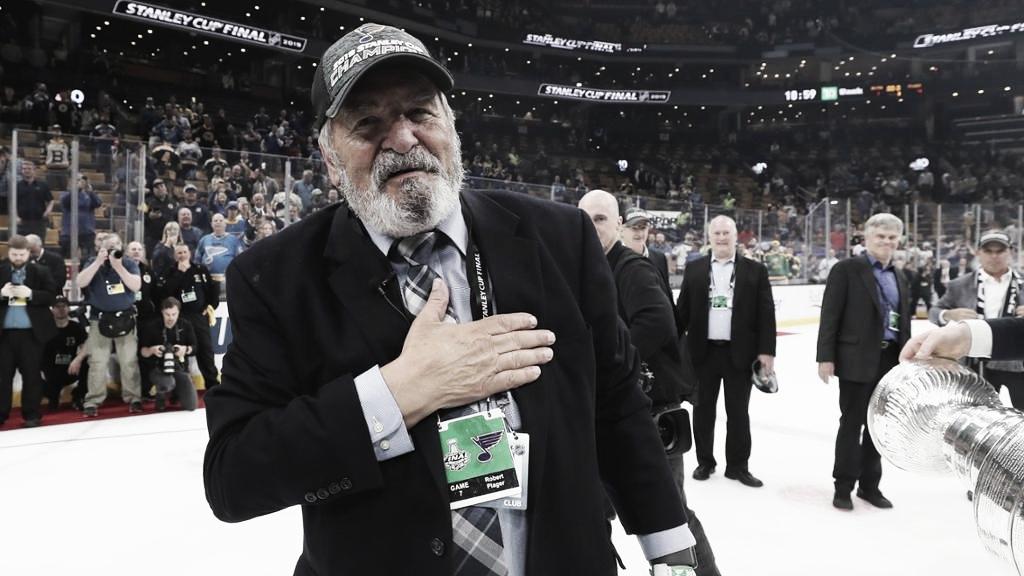 Los Blues rinden homenaje a Bobby Plager, fallecido a los 78 años