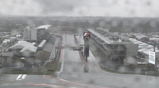 Austin, la pioggia è protagonista: qualifiche rinviate