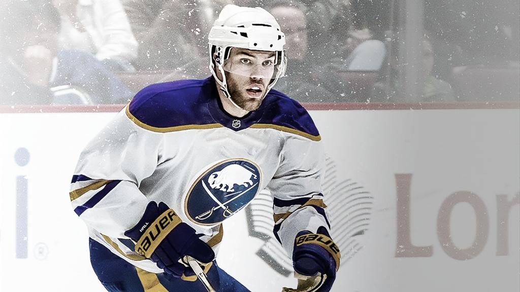 Taylor Hall, el fichaje estrella de los Sabres - NHL.com