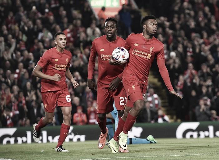 Sturridge marca duas vezes e Liverpool elimina Tottenham nas oitavas da Copa da Liga Inglesa