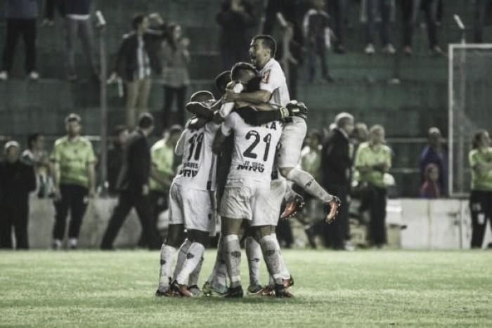 Victor brilha na disputa de pênaltis, Atlético-MG bate Juventude e vai às semifinais