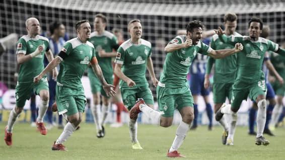 Com quebra de recorde de Pizarro, Hertha Berlin e Werder Bremen ficam no empate pela Bundesliga
