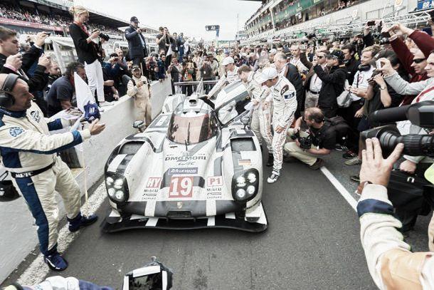 Trionfo della Porsche #19 alla 24 Ore di Le Mans, Audi solo 3°