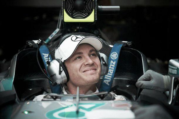 F1 Singapore, prime libere a Rosberg