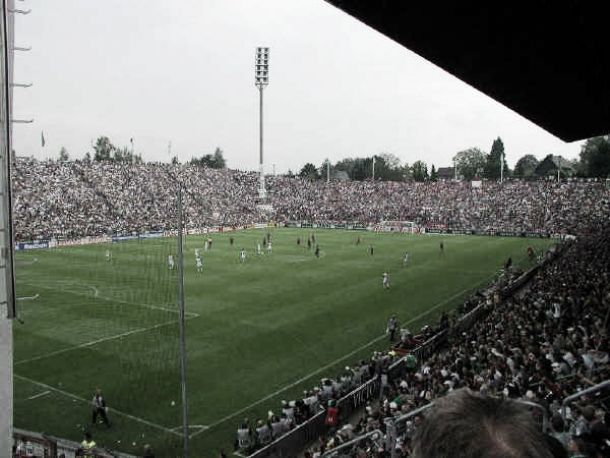 Há 10 anos, Borussia Mönchengladbach se despedia do Bökelberg, sua antiga casa