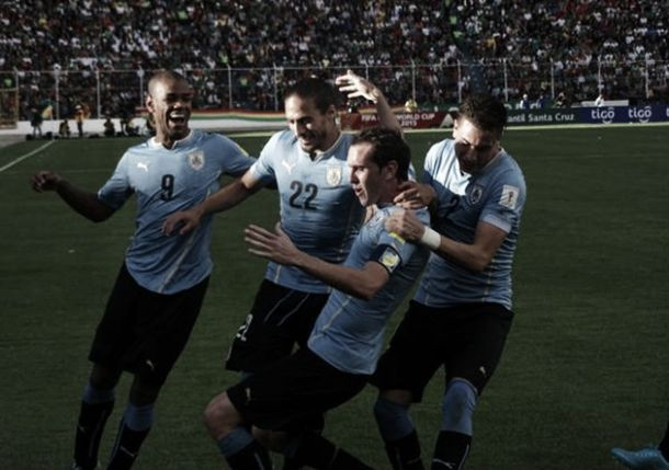 Uruguay supera a Bolivia y comienza las Eliminatorias con una gran victoria