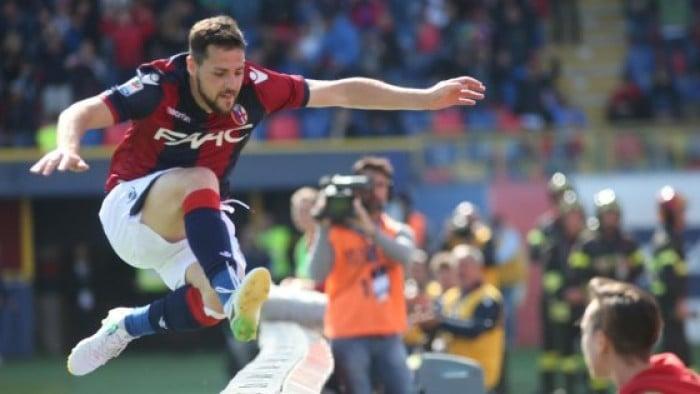 Serie A - Udinese con la testa rimasta ad Udine, grande festa Bologna (4-0)