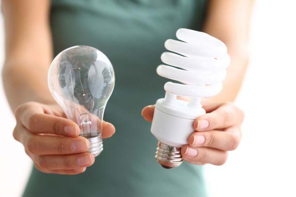 Las bombillas eficientes varían su luminosidad por las fluctuaciones en la red