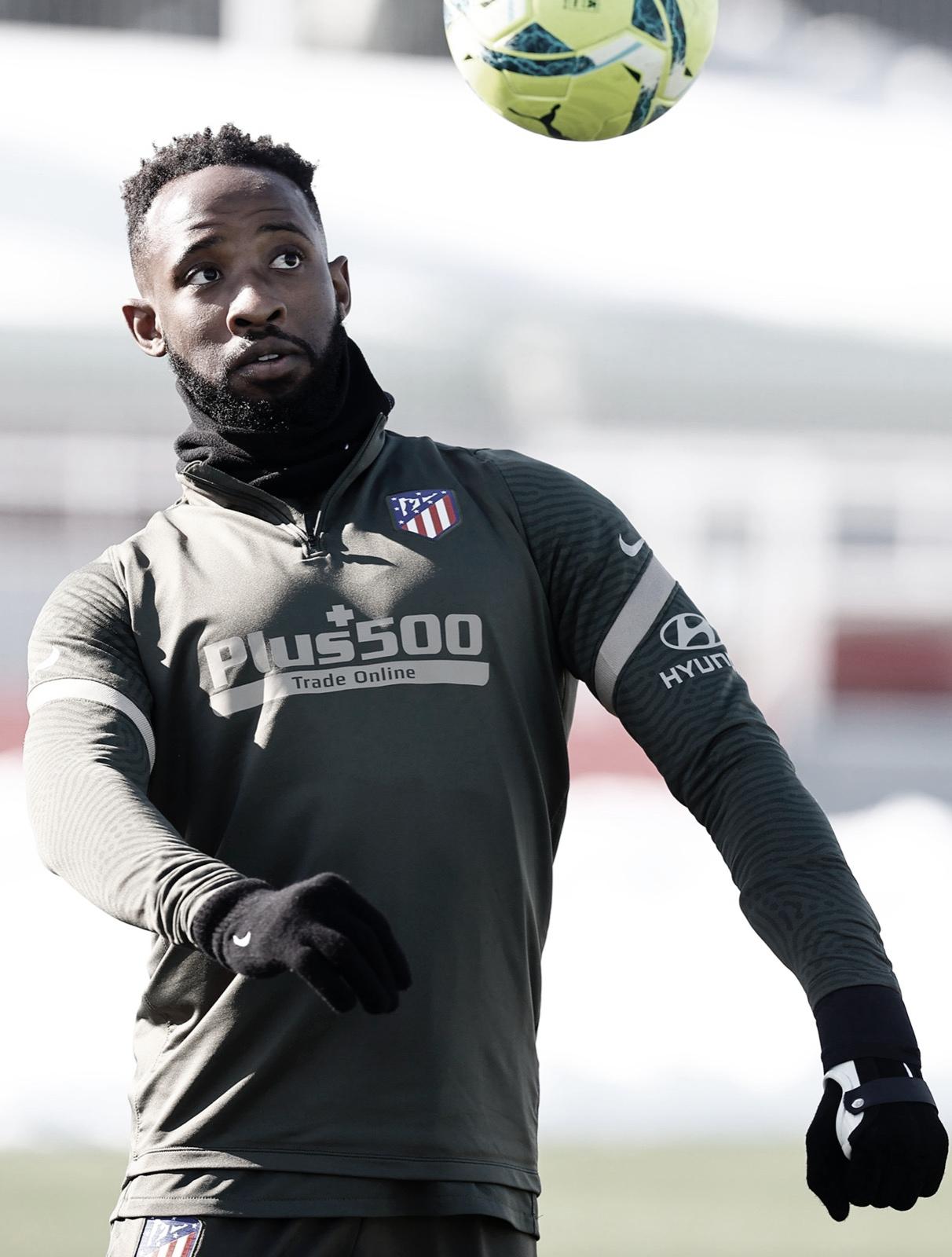 Moussa Dembélé en uno de los entrenamientos previos al encuentro. Foto: Web ATM