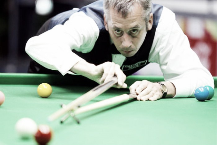 Snooker World Championships: The name's Bond, Nigel Bond