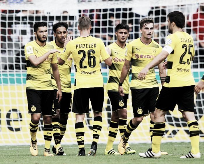 Aubameyang bate recorde e Borussia goleia Rielasingen-Arlen na Copa da Alemanha