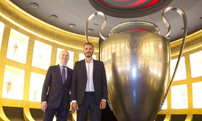 Milan, ufficiale l'arrivo di Bonucci. Contratto fino al 2022, 40 milioni più 2 di bonus alla Juventus
