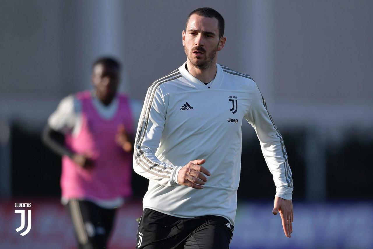 Juve - Bonucci punta la Champions, Rugani la titolarità