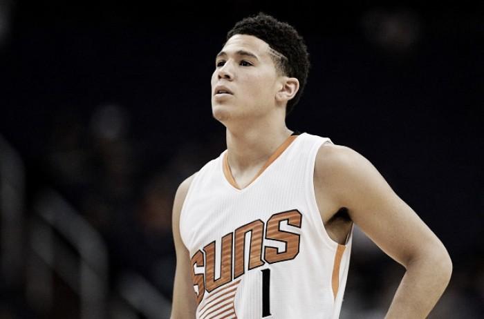 NBA - Booker allo scadere e Phoenix espugna Sacramento. Jokic-show: Denver supera Milwaukee