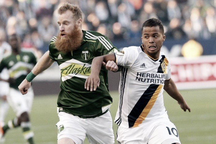 Nat Borchers own goal gifts Los Angeles Galaxy a point