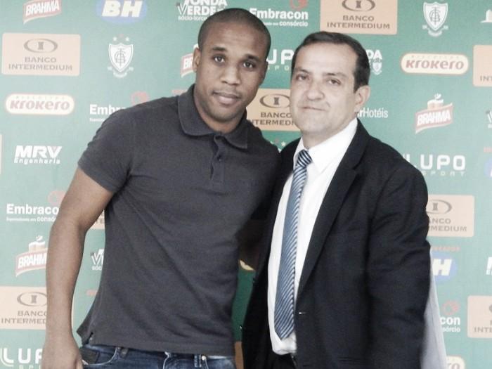 Diretoria se reúne e América-MG decide rescindir contrato do atacante Borges